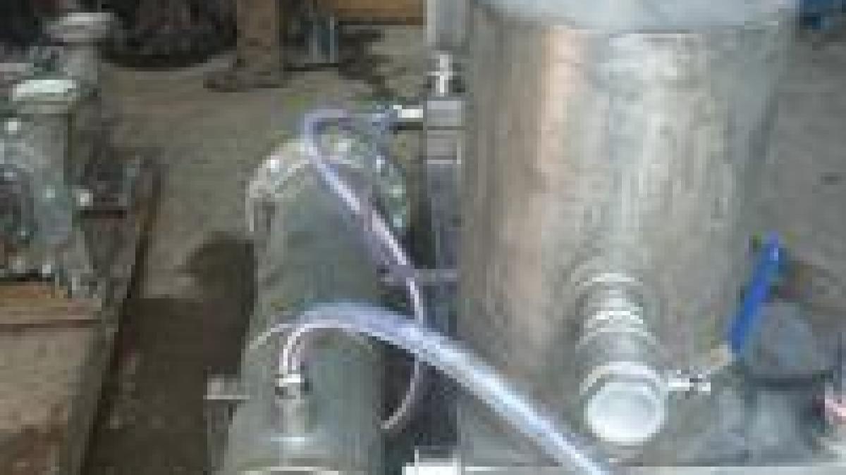 تفاوت پمپ وکیوم روغنی با پمپ وکیوم خشک چیست؟
